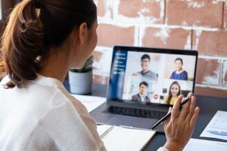 Corso di Inglese per Gestire Meeting Online e Conference Call